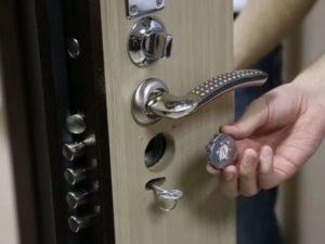 перекодировка замка железной двери